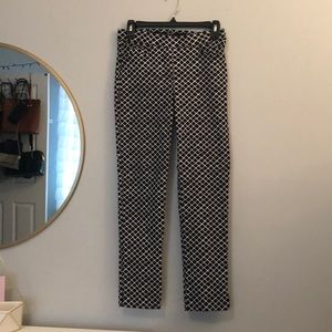 89th & Madison Black and White Patterned Pants